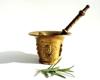 French Vintage Brass Mortar And Pestle/Vintage French Pestle And Mortar//Apothecary/Pharmacy
