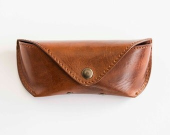 Leather sunglasses case in cognac, sunglass and reading glasses case, cover