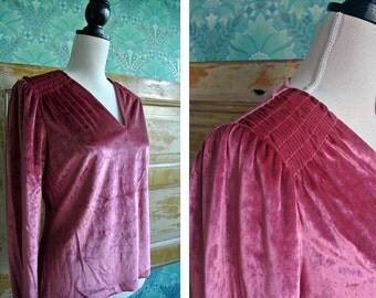Vintage 1970s Rose Velvet Roushed Top Womens Medium