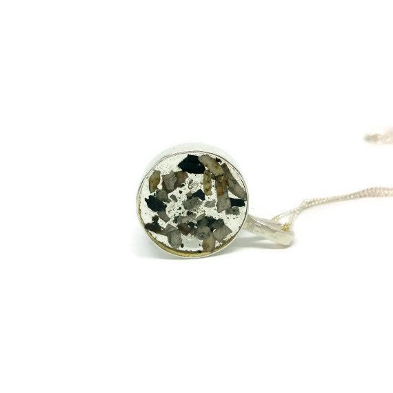 Pet ashes jewellery pet cremation jewellery pet cremation for Cremation jewelry for pets ashes