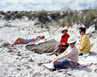 Vintage Red Border Kodachrome Slide..A Day at the Beach 1950's, Original 35mm Color Photo Slide, Vernacular Photography, American Life Photo