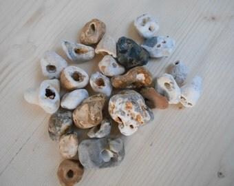24pcs Holey Stone Lucky Talisman Wicca Marine Stone Amulet Sea Beach Fairy stone Adder Seeing stone Odin Seer