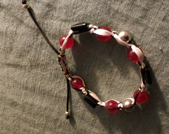 Multifaceted bracelet