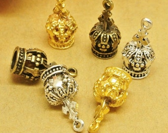 30pcs   Crown  Charms ,Crown Pendants , Crown  Necklace , CrownJewelry. 17mm x 8 mm