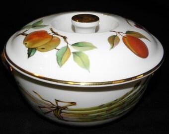 Royal Worcester Fine Porcelain EVESHAM Gold Handled Casserole Made In  England