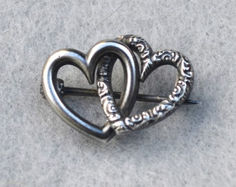 Beau Sterling Silver Double Fish Ring