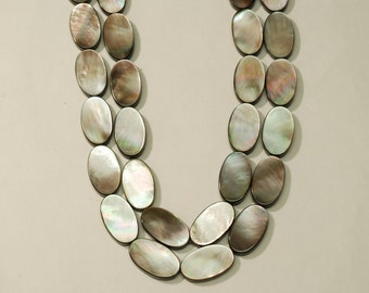 Black Mother of Pearl Long Oval 12x25m 16""