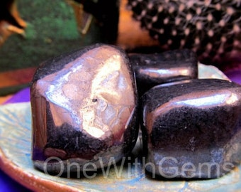 Shungite Healing Crystals, Well Being, Health, Power, Strength, Positive Light And Energy