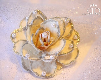 Sofreh Aghd : Decorative Bread Flowers with Pearl and Silver sparkles.