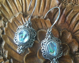 ЅℰᎯ ᎶᎾⅅⅅℰЅЅ Sterling Silver & Abalone Shell Earrings
