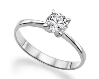 Beautiful 0.50ct White Sapphire Engagement Ring White Gold 14K