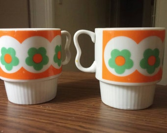Floral stacking mugs/1970a/flower power/ retro funk/ SY Japan