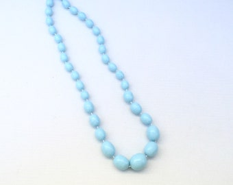 Vintage Robins Egg Blue Necklace, Beaded Baby Blue Necklace, Light Vintage Plastic 50s Necklace, 1950s Beads Necklace, Light Blue Oval beads