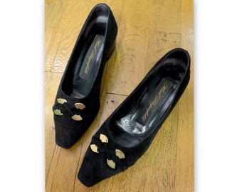 Pumps KARL LAGERFELD black, size 38
