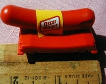 Oscar Mayer Mobile likewise Scoutorama   images max400 IMG 0093 additionally Oscar Mayer Mobile further Wienermobile Toy furthermore Oscar Mayer Wienermobile. on oscar meyer weiner mobile bank