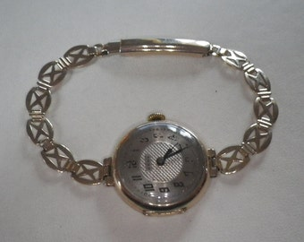 Vintage 9ct Yellow Gold Ladies French Wrist Watch