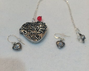 Intricate Valentine's Day Locket