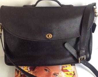 Vintage COACH BRIEFCASE / 1990s Saddle Black Leather 90s Laptop Messenger Bag with Shoulder Strap