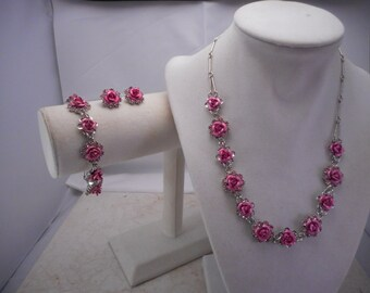 Lovely Pink Rose Avon 3 Piece Set Necklace,Earrings and Bracelet