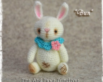 "Pattern: Bunny Rabbit... Miniature, Vintage Style, Crochet, Thread Artist Bunny, ""BUN"". PDF Pattern, Instant Download"