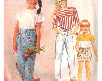 McCalls Sewing Pattern 2407 Girl's Top, Pants, Shorts  Size:  7-8-10  Used