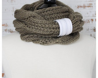 Fashion Women Knitted Cozy Scarf with a Cuff Infinity Loop Fashion Circle Round Scarf with a Leather Cuff in Khakki