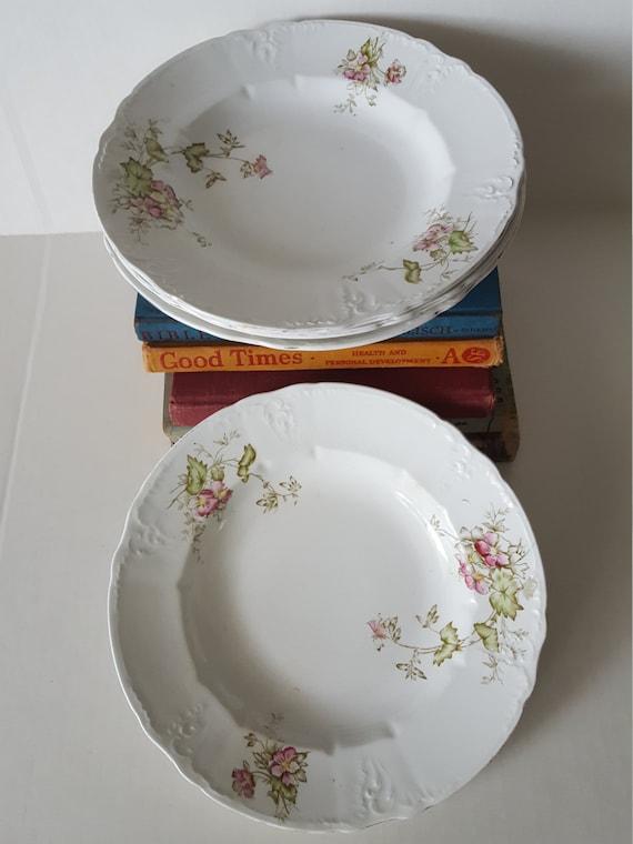 vintage mismatched dishes pink pastel floral design 4pc set. Black Bedroom Furniture Sets. Home Design Ideas