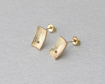 Square Post Earring . Matte Gold Plated . 92.5% Sterling Silver Post . Brass Framed . 10 Pieces / C1154G-010