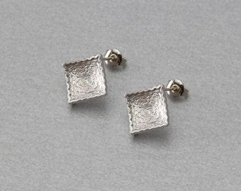Square Post Earring . Matte Original Rhodium Plated . 10 Pieces / C3130S-010