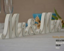 Mr & Mrs, Wedding Sign With Dark Distressed Edges / Black Edges / Brown Edges / White And Ivory