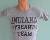 70s T-Shirt Indiana Streaking Team Funny Naked Velva Sheen Medium Heather Grey Rayon Tee