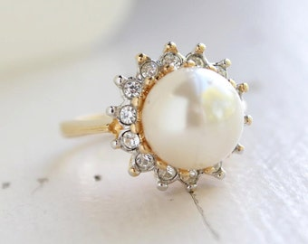 Vintage 1970s Faux Cream Pearl Ring 18k Gold Electroplated Two Tone Setting with Austrian Crystals June Birthstone Made in USA  #R1273