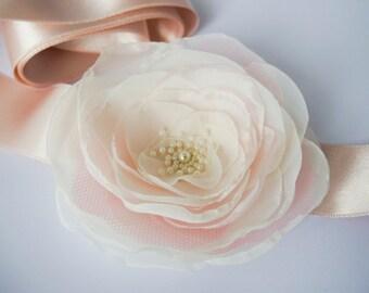 Blush Pink Flower Bridal Sash, Pale Pink Sash, Bridal Gown Sash, Blush Pink Belt, Ivory Flower Belt, Wedding Dress Sash, Formal Dress Sash