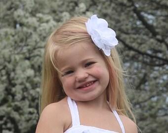 White Flower Headband- White Headband Baby- White Flower Girl Headband- Girl Toddler Headband- Newborn Headband- White Baby Girl Headband