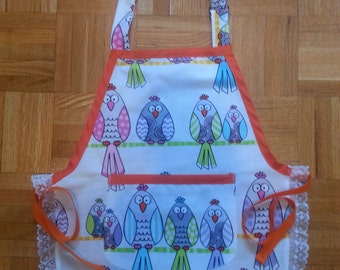 Child apron with owls