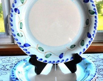 """Royal Norfolk Stoneware Dinnerware Adorned With Olives - Lot of 4 Dinner Plates - 10"""" Wide"""