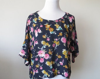 Floral Chiffon Blouse Loose Style One Size Dark Blue Color