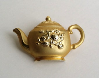 Vintage Signed AJC Gold Tone Floral Tea Pot Brooch. American Jewelry Chain Co. Brooch