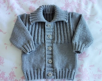 Hand knitted in 100% pure Merino Wool boy's jacket/sweater with collar in grey to fit approx 6-12 months