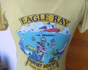 Size S (38) -- 1980s Eagle Ray  Grand Cayman Scuba Shirt (Single Sided)