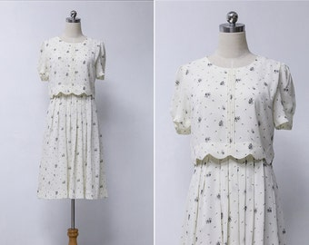 Vintage 80s White Floral Pleated Summer Dress | Japanese Vintage Dress | Vintage Midi Dress XS or S