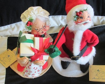 Vintage Annalee Mr. and Mrs. Santa Claus St. Nick Holiday Dolls With Tags