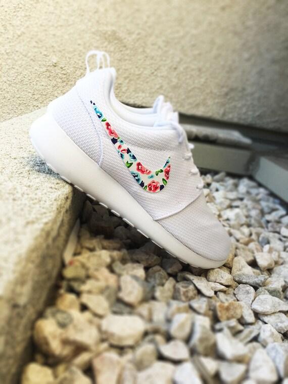 iiyqm Womens Custom Nike Roshe Run Floral design Custom by CustomSneakz