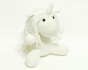White unicorn / Crocheted unicorn / Stuffed toy unicorn