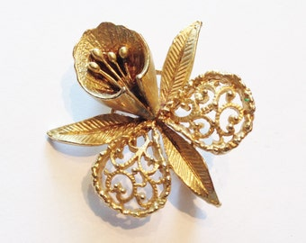 1960's Daffodil brooch, Gold Plated