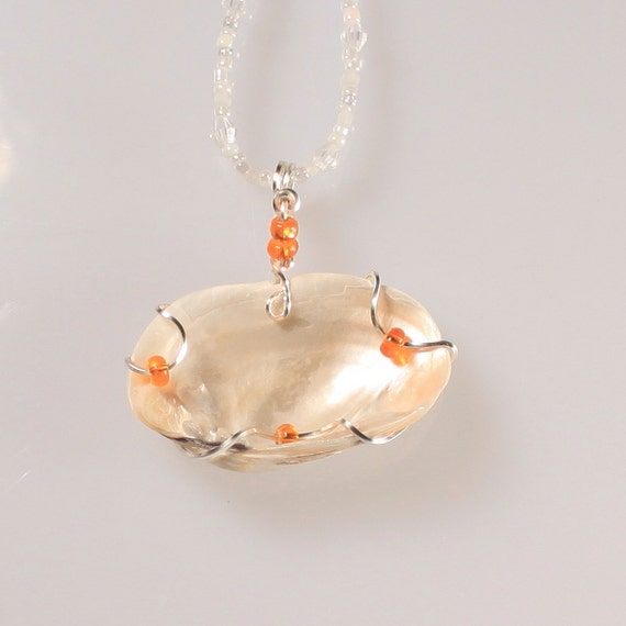 Unique Beaded Periwinkle Seashell Coloring Page: Wire Wrapped Seashell Pendant With Tangerine Glass Beads On A