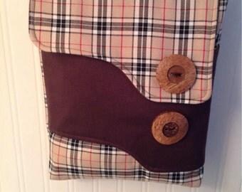 Check messenger bag.  Across body bag.  Brown tones with Owl design lining.