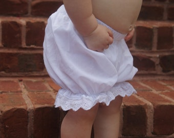 infant/Toddler Vintage Knickers- monogrammed knickers, white bloomers, baby bloomers,