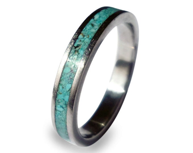Women's titanium ring with turquoise inlay