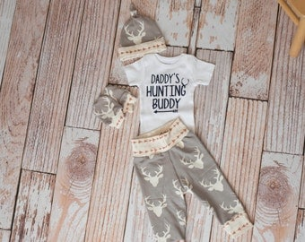Newborn Coming Home Baby Deer Antlers/Horns Bodysuit, Hat, Scratch Mittens Set with Grey and Arrows+ Daddy's Hunting Buddy Bodysuit